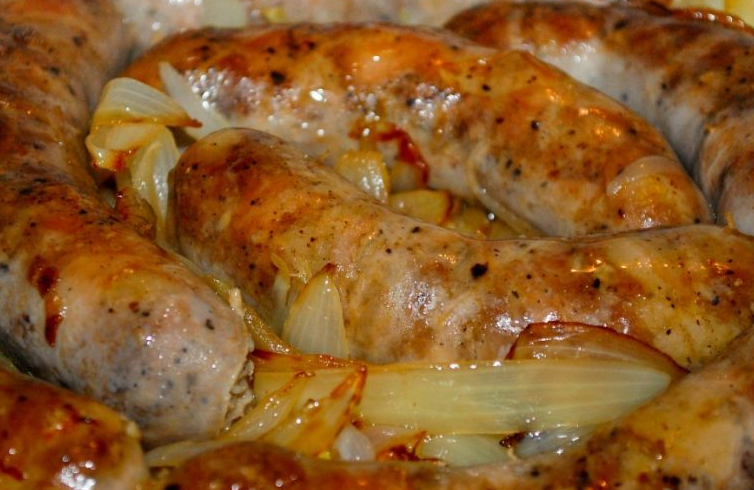 Домашняя колбаса в вине